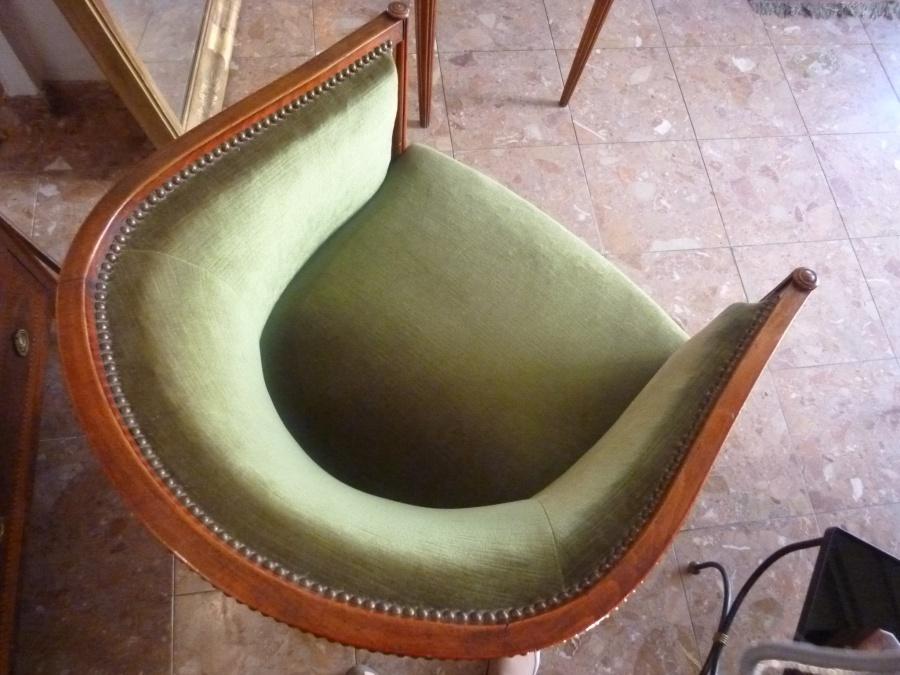 fauteuil art d co dans le gout de paul fr d ric follot 1877 1941 la licorne antiquit s. Black Bedroom Furniture Sets. Home Design Ideas
