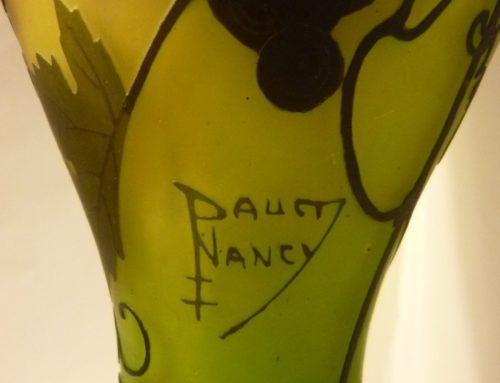 Vase pâte de verre signé Daum Nancy