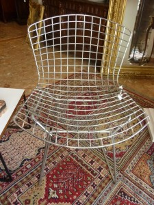 Chaises Wire par Harry BERTOIA