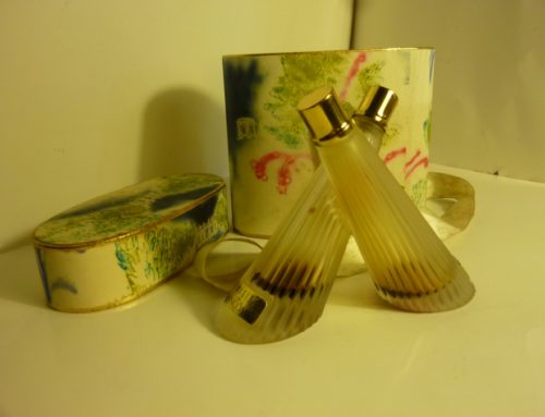 Flacons de parfum Lancôme «Magie» et «Trésor»