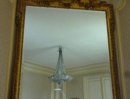 Grand Miroir Bois Et Stuc Doré à La Feuille Style Louis XVI 19ème Siècle